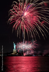 Statue Of Liberty Fireworks July 16 2016-6 (bkrieger02) Tags: nyc newyorkcity longexposure nightphotography brooklyn canon fireworks hudsonriver statueofliberty pyro redhook libertyisland pyrotechnics libertyharbor canonusa 7dmkii louisvalentinopier