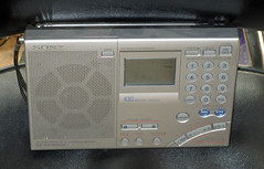 xIMG_7294 (roger.cook6@btinternet.com) Tags: sony icf 7600 gr portable transistor radio receiver