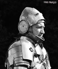 BOSWORTH KNIGHT (Fleet flyer) Tags: bosworthbattlefield thebattleofbosworth1485 reenactment bosworth leicestershire thewarsoftheroses medieval knight 22ndaugust1485