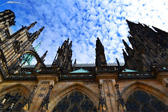 Katedrála Svatého Víta - Hrad III Nádvoří - Hradčany -Prague- (6) (Million Seven) Tags: katedrálasvatéhovíta katedralasvatehovita saintvituscathedral catedraldesanvito vaclavaavojtecha václavaavojtěcha hradiiinádvoří hradiiinadvori pražskýhrad prazskyhrad praguecastle castillodepraga hradcany hradčany praguecastlecomplex complex praha prague praga bohemia czechrepublic repúblicacheca českérepubliky ceskerepubliky castillo castle catedral cathedral academy europa europe church iglesia gothic stainedglass showcase middleages romancatholic princewenceslas wenceslas václav vaclav bishop metropolitan petrparléř peterparler devils monsters gargoyles towers sculptures gotico gótico tombs tumbas bohemian kings holyromanemperors holyromanempire amazing style sky medieval religion capital king architecture arch diagonal imperial nikon nikond3100 millionseven