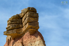 Pareja de piedra (avistaderender) Tags: bardenas reales naturaleza paisaje nature landscape desierto desert castildetierra