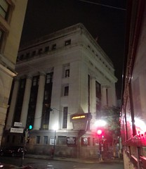 Old Federal Reserve Bank (sftrajan) Tags: architecture centralbusinessdistrict cbd night noche neworleans carondoletstreet seenfromthebus arquitectura thesecuritycenter bank 1920s reuse federalreservebank banco commonstreet