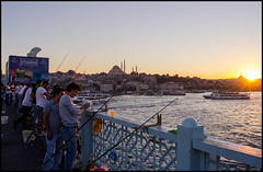 Fishermen at Galata Bridge (sonic.knight) Tags: sunset turkey evening abend nikon sonnenuntergang istanbul trkei fishers goldenhorn galatabridge angler galatabrcke goldeneshorn istanbullovers d5100