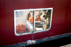 Kitchen, Regent's Canal (london_eye) Tags: houseboat regentscanal