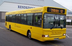 Brighton Marina (ebusman) Tags: bus london buses marina big lemon brighton dennis dart stagecoach 52 the slf plaxton 34228 x228wno