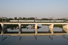 E464.508 con R10431 (Maurizio Zanella) Tags: bridge river italia fiume trains ponte railways fs alessandria trenitalia treni ferrovie tanaro e464508 r10431