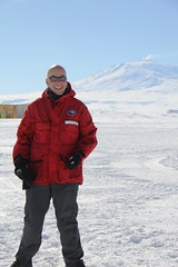 "Enzo and Mt Erebus • <a style=""font-size:0.8em;"" href=""http://www.flickr.com/photos/27717602@N03/8215818330/"" target=""_blank"">View on Flickr</a>"