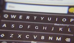 mobiles hp mac blackberry pcs sony samsung lg motorola... (Photo: Debra Sikny on Flickr)