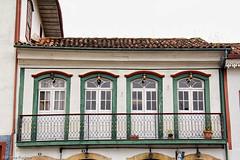 AF1211_2448 (Adriana Fchter) Tags: voyage door travel windows cidade verde window brasil ventana puerta minas gerais preto porta vista janela mirada historia ouro janelas casario portas pltano