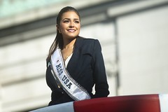Miss USA Olivia Culpo (Tony Shi, Life) Tags: thanksgiving new york city nyc usa ny day olivia parade macys miss macy 2012 culpo