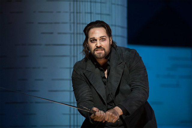 Bryan Hymel as Robert in Robert le diable © ROH / Bill Cooper  2012