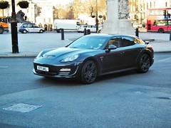 Porsche Panamera 4 V6 (kenjonbro) Tags: uk england black cold london westminster trafalgarsquare freezing porsche charingcross 2010 v6 sw1 panamera 36l kenjonbro fujifilmfinepixhs10 s77akl