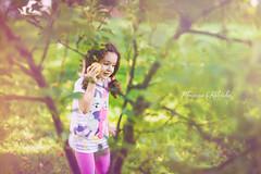 zaczarowany ogrod (joannakalinska) Tags: garden apple children child childrenphotography light natural photo professional photography photographer