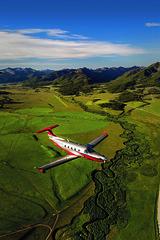 Pilatus PC-12 NG (Next Generation) (aeroman3) Tags: aerial cabin grassstrip mountains pilatuspc12ng pressurized smileycreek turbine turboprop ketchum id usa
