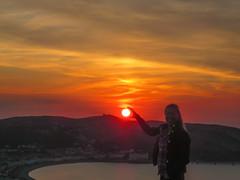 Holding the sun (sgl0jd) Tags: clouds sunset cirrus yellow orange orme penrhynside penrhyn bay llandudno wales