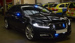 Metropolitan Police | Jaguar XF | Advanced Driver Training Car | **65 *** (Chris' 999 Pics) Tags: metropolitan police jaguar xf driver training advanced school metpol met stunning blues 999 emergency response vehicle car london