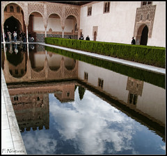 reflejos (FNP1948) Tags: reflections alhambra granada 2009 reflejos dmcl1 leicadvarioelmarit1450 rememberthatmomentlevel4 rememberthatmomentlevel1 rememberthatmomentlevel2 rememberthatmomentlevel3