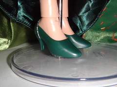 LE Merida and Queen Elinor 17'' Doll Set - First Look - Deboxed - Queen Elinor Standing - Skirt Lifted - Closeup of Shoes (drj1828) Tags: shoes doll personal photos disney queen pixar brave limitededition disneystore elinor poseable deboxed