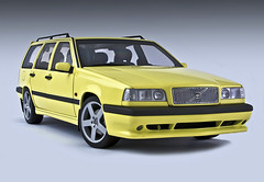 Volvo 850 T5R Estate (SpeedHunter XxX) Tags: car canon eos 350d volvo model estate 850 118 diecast autoart t5r