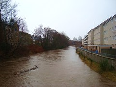 Floating down the White Cart past Tantallon Road (adm cro) Tags: whitecartwater spate highflow