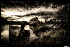 Moulin de Pomper in the Dark... (second edition) (DYC56) Tags: france art dark moulin eau lumire pierre bretagne breizh miroir bateau morbihan soe epave nikond700 ahhhlafrance photovieillie bretagnesanspareil mordusdephotos nikkor1635mmf4vr2 moulindepomper