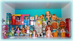 Happy Thoughts (click photo to view larger) (DollyBeMine) Tags: wood original baby anime cute eye art girl hat japan angel vintage pose toy japanese wooden salad big mod 60s doll hand display cabinet box room mint bank shelf collection plastic made blond bradley kawaii figure era pearl bobblehead eyed 1960s collectible cloth kokeshi rare takara mib compact pencilcase collectable kewpie showa bunka nodder kamar tarako poseable stockinette ayumiuyama susiesadeyes osyalle gigijones perfekta dollydarlings shoua