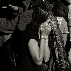 Festa nadalenca del A E Antoni Gaudí 2012 (Vicnaba) Tags: barcelona street water 50mm calle xpro agua fuji availablelight f14 naturallight fujifilm mf manualfocus cy carrer aigua kipon xpro1 yashicaml fujixpro1 fujifilmxpro1 cyfxadapter