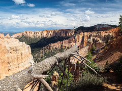 Bryce Canyon, Utah (Fizzik.LJ) Tags: spring mountains utah landscape usa ut brycecanyon clouds