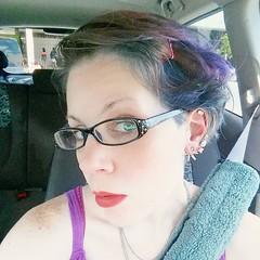 Peacock hair! #selfie #shorthair #shorthairedgirls #diyhaircut (Jenn ) Tags: ifttt instagram