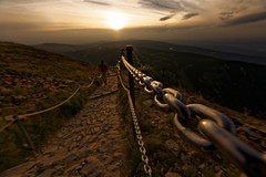 Follow the path (Maciej Kraus) Tags: snka nieka karkonosze karpacz sudety mountains sunset path chain steel bokeh