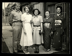 f_allantonisadako (ricksoloway) Tags: americansoldiers vintagegi vintagephotos oldphotos phototrouvee foundphotos militaria photohistory