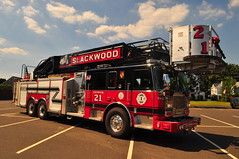 Slackwood Volunteer Fire Company Tower 21 (Triborough) Tags: nj newjersey mercercounty lawrencetownship lawrenceville svfc sfc slackwoodvolunteerfirecompany firetruck fireengine tower towerladder seagrave