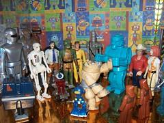 Robots 6 (Jake Prescott) Tags: gort powerdroid biggs gorn jawas robots leeloo muffet rockemsockemrobot ig88 willdecker