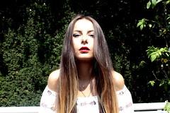 _MG_4624 (giuliadardano) Tags: portrait ritratto girl ragazza primo piano foreground light luce beauty bellezza