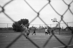 (Josh Sinn) Tags: joshsinn baltimore maryland md leicam3 kodaktrix400 bw blackandwhite 35mm film basketball kids