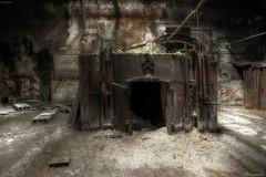 (flowerpower.1969) Tags: urbex urban exploration old alt forgotten lost place decay decayed verlassen verfallen abandoned decadenza ue