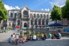 Brussels - Saint Catherine church (JOAO DE BARROS) Tags: barros joo belgium brussels street people church monument architecture