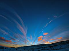 Sky behind Reiðskarð (Jan Egil Kristiansen) Tags: sunset sky snow clouds eveningsky faroeislands interestingness156 img4345 i500 img4328 reiðskarð fo24