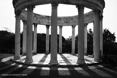 Black and white pillars (Chris Lupetti: www.chrislupetti.com) Tags: blackandwhite monochrome photography photo flickr lupetti chrislupetti chrislupettiphotography