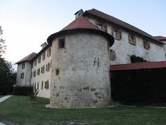Round tower, Otoec Castle, Slovenia (Paul McClure DC) Tags: castle architecture historic slovenia slovenija krkariver dolenjska otoec sept2012