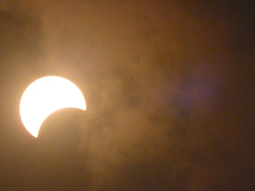 Eclipse Total, Palm Cove, Queensland, Australia
