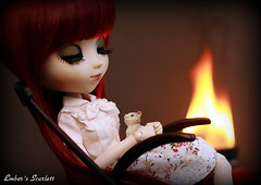 An evening in front of the fire (pure_embers) Tags: uk scarlett cat dark fire evening chair dolls sleep gothic queen lap pullip rocking pure lunatic embers obitsu lunaticqueen
