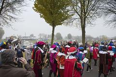 Sinterklaasintocht in Culemborg (webted) Tags: sinterklaas boot kinderen sint pont sintnicolaas spanje 2012 stoep paard intocht pieten culemborg schimmel aankomst mijter zwartepieten sinterklaasintocht pietjes