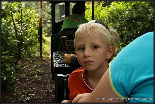 2012-08-13 Max in de Minitrein in Duinrell