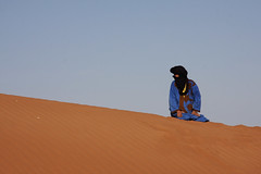 The desert near M'Hamid, Morocco 2012 (sensaos) Tags: africa travel portrait people desert north du morocco marocco afrika nomad marokko nord 2012 noord woestijn afriue sensaos