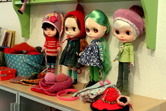 My poor neglected dollies...