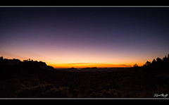 Couch de soleil en Provence (NeoNature) Tags: sunset france canon soleil angle coucher provence 1022mm wude