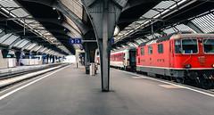 SBB Trains at Zürich Hauptbahnhof - Zurich Switzerland (mbell1975) Tags: red station train schweiz switzerland europe suisse swiss zurich engine rail railway bahnhof loco trains sbb terminal hauptbahnhof trainstation locomotive zürich svizzera bahn railways railstation züri cantonofzurich ilobsterit