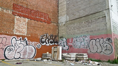 (gordon gekkoh) Tags: sanfrancisco graffiti 3a pigs blake idm obm decam abnoism zenphonik eksl