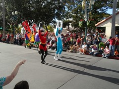 Hollywood Studios (Elysia in Wonderland) Tags: world christmas usa holiday america lucy orlando florida disney parade hollywood pixar studios mrs incredible mgm 2012 elastigirl elysia frozone